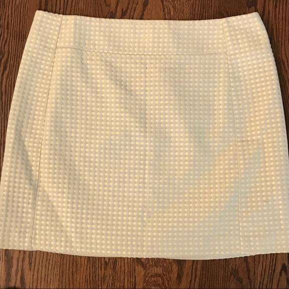 LOFT Dresses & Skirts - Ann Taylor Loft Skirt Yellow Polka Dot Size 16